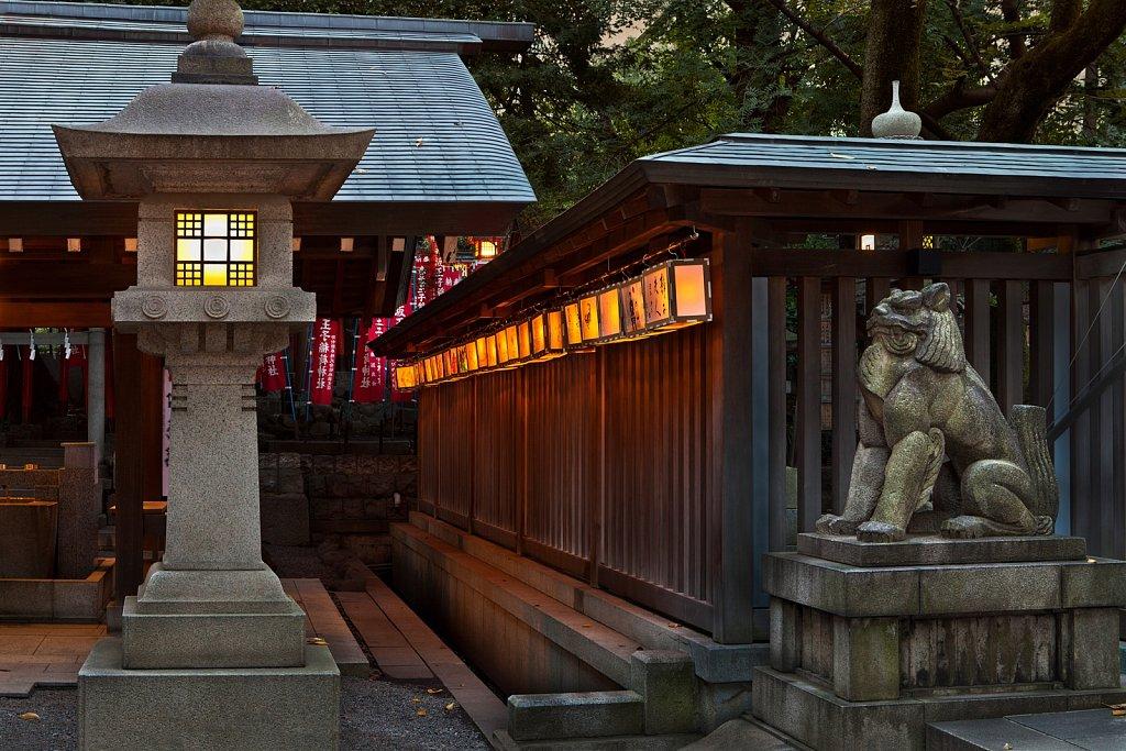 Lanterns at Nogi Shrine entrance at dusk, Nogizaka, Tokyo, Japan